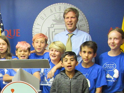 Montessori on the Rio Grande School wows Mayor Keller of ABQ